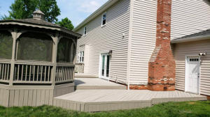 Paint Medics painting porches and decks, deck staining and refinishing in Parma Heights, North Royalton, Broadview Heights, Middleburg Heights and all over Northeast Ohio